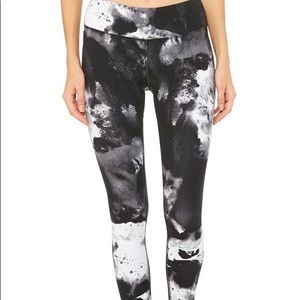 Like New ALO Airbrush Long Legging